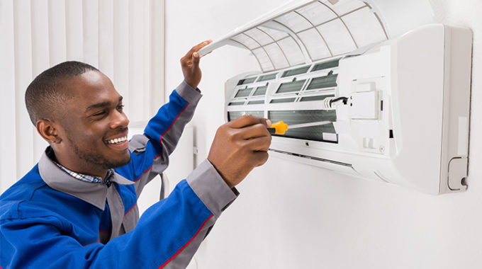 Air Conditioner Maintenance Service